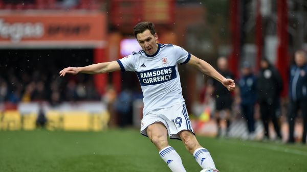 Stewart Downing whips it in for Boro