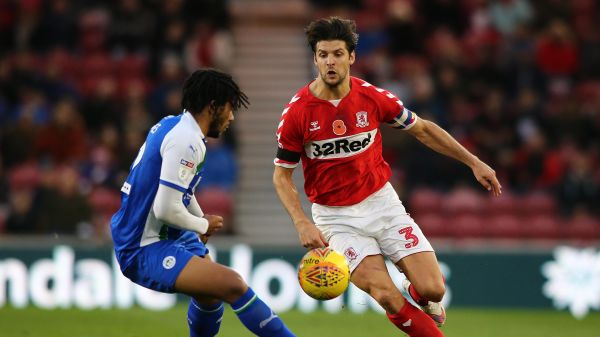 George Friend looks to get the better of Reece James