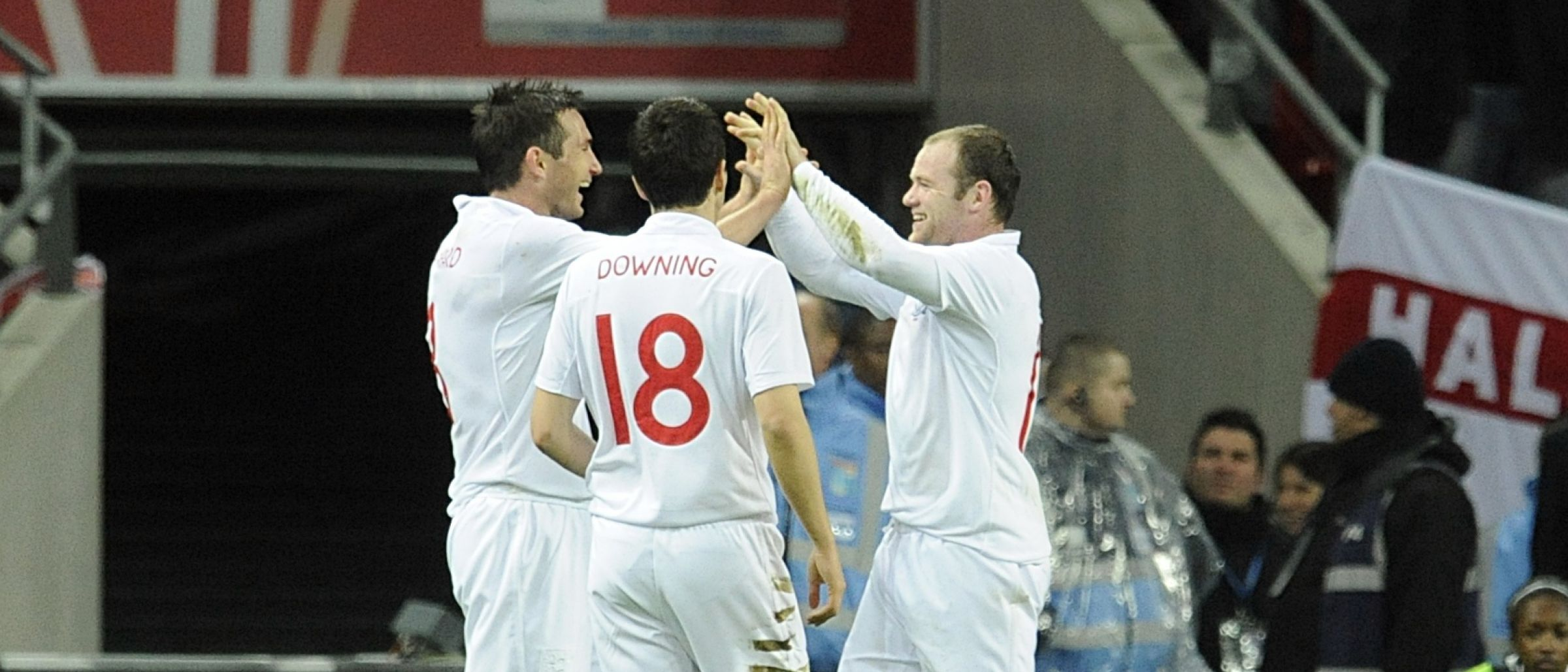Stewart Downing (centre) with England